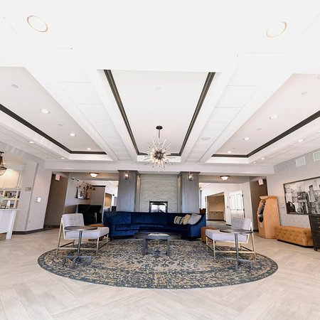 Homewood Suites by Hilton : Lobby