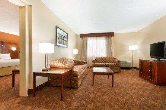 Copley, OH: Suite
