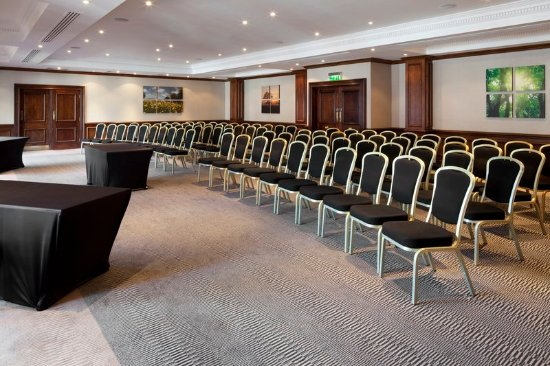 Holiday Inn Guildford Meeting Rooms