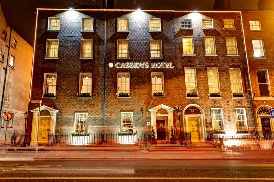 Cassidys Hotel: Exterior
