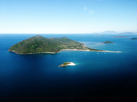 Wongaling Beach, Αυστραλία: Dunk Island - right off the coast of Mission Beach