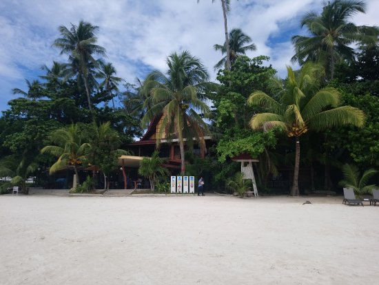 Alona Tropical Beach Resort: Alona Beach