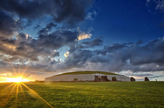 Dublin to Newgrange, Hill of Tara...