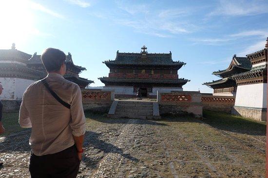 Kharkhorin, Mongolia: Voyage en mongolie , la visite au monastère Erdene zuu