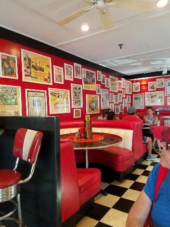Cool Cat Cafe Lahaina Menu Prices Amp Restaurant Reviews