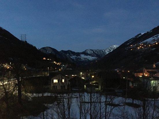Orsieres, Suisse : le soir