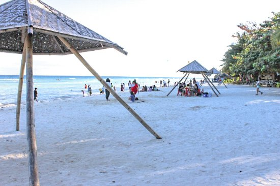 Quinale Beach With Locals On Christmas