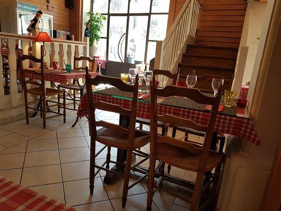 Restaurant Le Bouchon Lyonnais  Ef Bf Bd Cavaillon