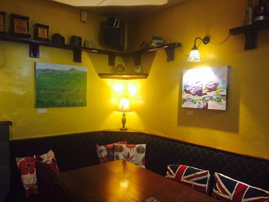 Wetton, UK: New art and crafts!