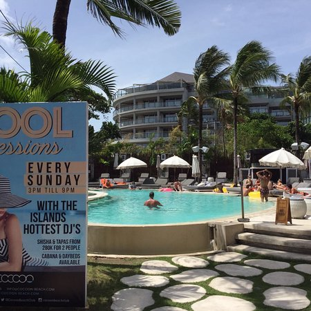 Cocoon Restaurant Bar Beach Club: photo0.jpg