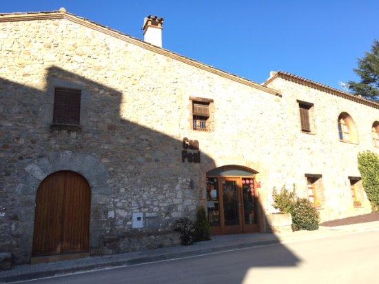 Vallromanes, Spanien: El restaurante. Masía preciosa