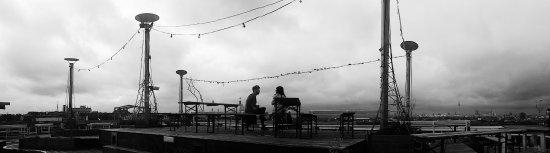 Klunkerkranich: The terrace