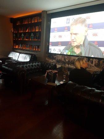 Gilleran's Bar