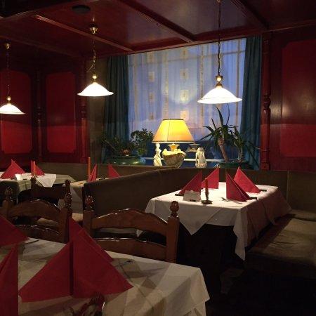 Bad Rothenfelde, Germany: Gastraum, Spaghetti Pescatore und Rucola-Salat