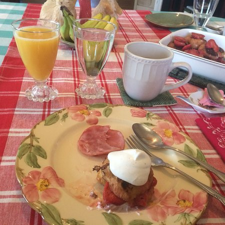 The Forget-Me-Not Bed and Breakfast: photo1.jpg