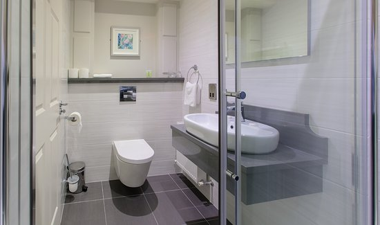 Shower - Picture of The Grand Hotel, Tralee - Tripadvisor