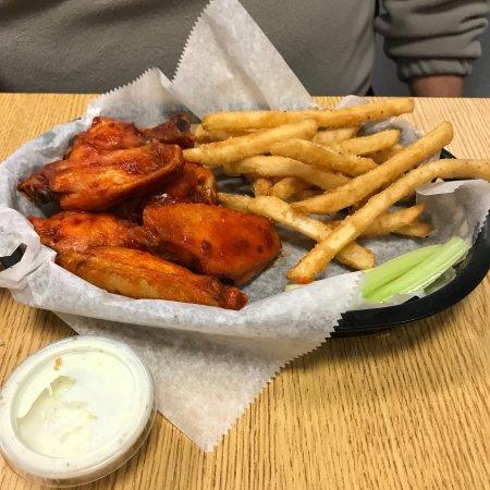 Banging Burgers & Wings