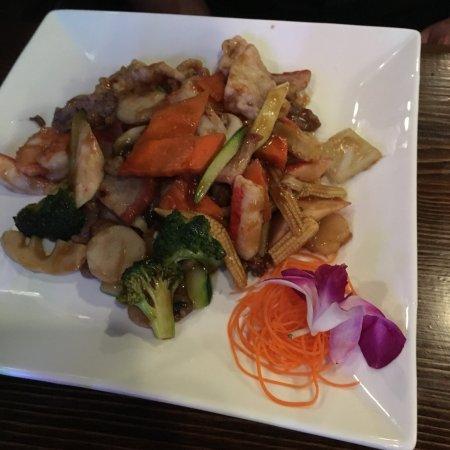 Lake City, FL: Red Ginger Asian Bistro
