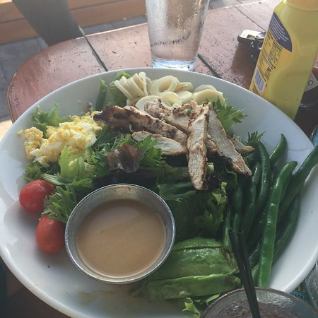 Great food and great bay side outdoor dining