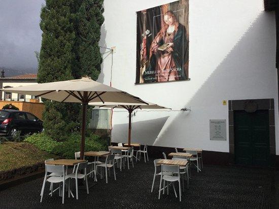 Café Do Museu: Explanada