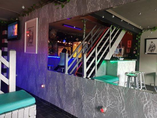 Versatile Bar
