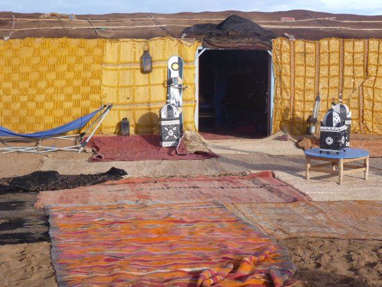 Discover Morocco Tours: Camp dining tent, great food!