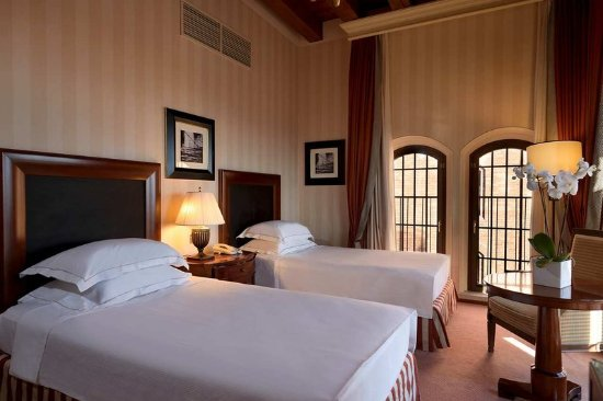 Hilton Molino Stucky Venice Hotel: Guest room