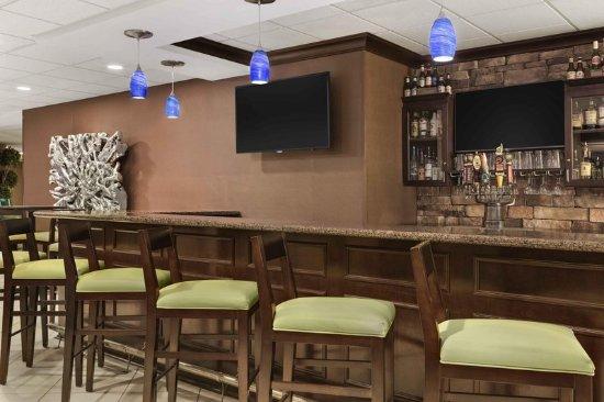 Lobby Hilton Garden Inn Charlotte Mooresville Mooresville Tripadvisor