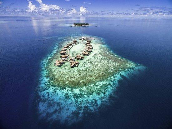 Dhevanafushi Maldives Luxury Resort Managed by AccorHotels: Exterior