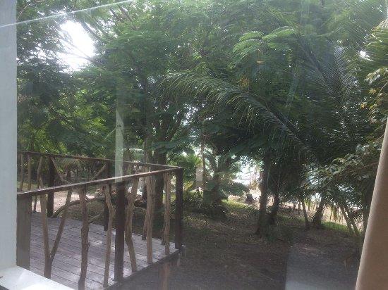 Vista a la laguna villas wayak bacalar for Villas wayak bacalar