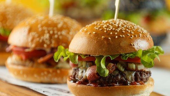 Halal Angus/Wagyu burger - L'Burger, Melbourne Traveller