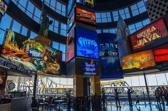 Small-Group Trans Studio Theme Park...
