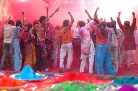 Genießen Sie Holi Festival mit...