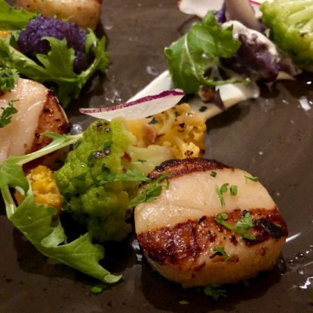 San Mateo, CA: scallops (3 of them, not one more...)