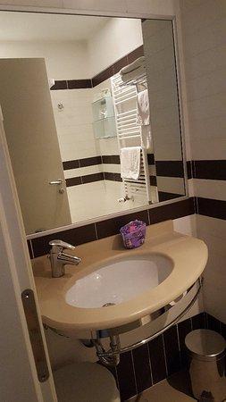 Hotel Panama Majestic: Camera pulita arredi moderni molto carina