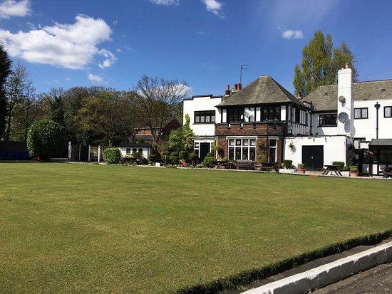 Hotels Near Sherdley Park