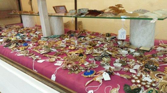 Rosenberg, TX: Jewelry