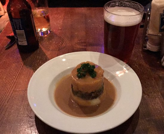 No.1 High Street: Haggis, Tatties and Neeps, with a nice Orkney Ale
