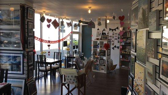 Pier Road Coffee & Art