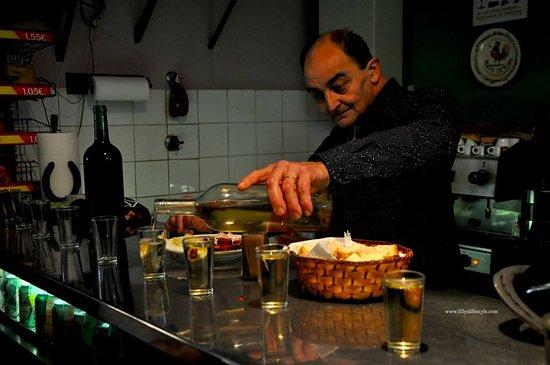 Amadora, โปรตุเกส: vino di talha bianco