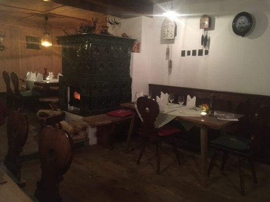 Gmund am Tegernsee, Alemanha: Am Kamin