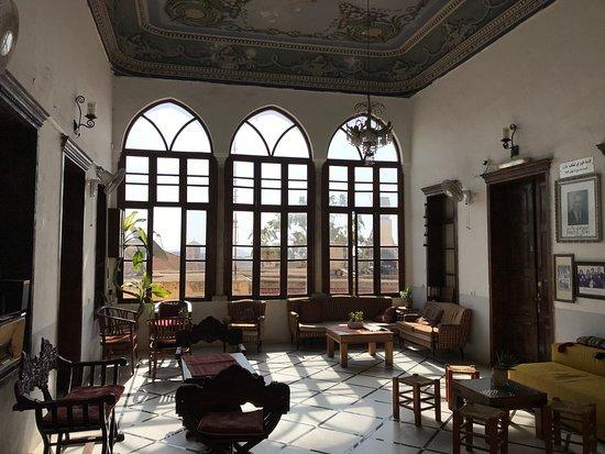 Fauzi Azar Inn by Abraham Hostels: Upstairs common area...
