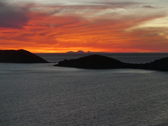 Condo-Hotel Playa Blanca: Beautiful Sunsets over the Sea of Cortez every evening
