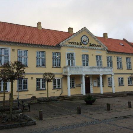 Nysted Gl. Rådhus Med Klokkespil