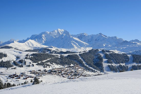 Les Saisies, Frankrike: La station village familiale des Saisies et le Mont-Blanc