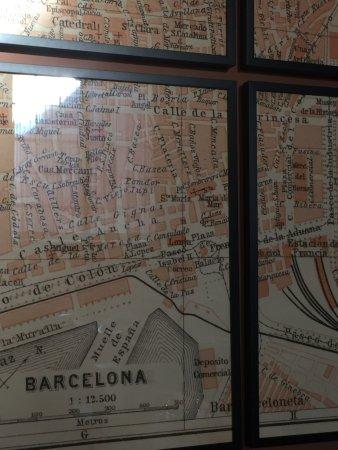 Cúrate: Barcelona map decor
