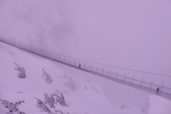 Titlis Bridge: Cliff Walk