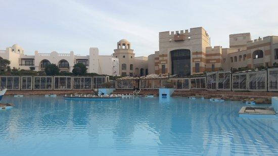 The Palace Port Ghalib: Salzlagune