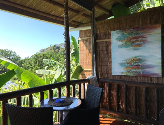 Horizon Ocean View Hotel and Yoga Center: Our deck overlooking the ocean