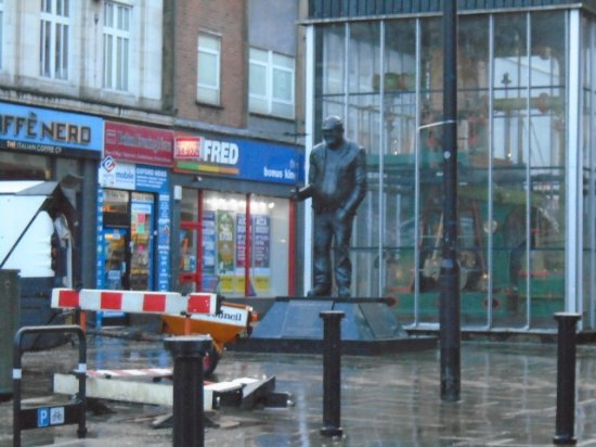 The Statue of Fred Dibnah in Bolton
